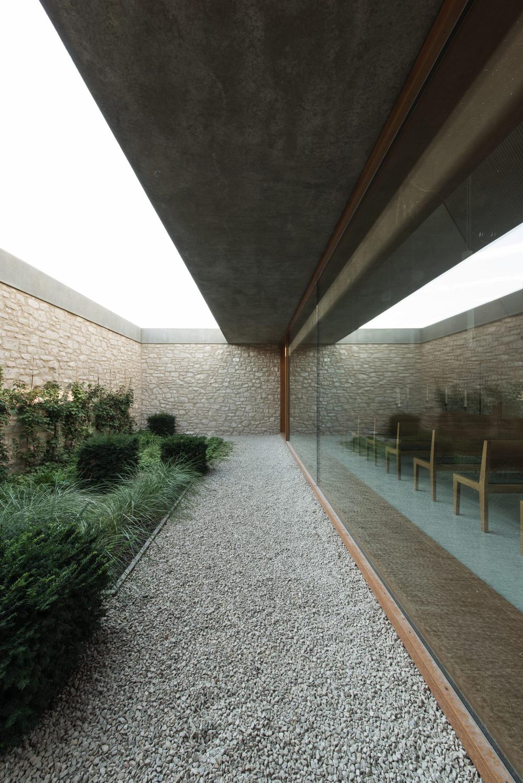 Ingelheim Chapel, by Bayer & Strobel Architekten. 2012