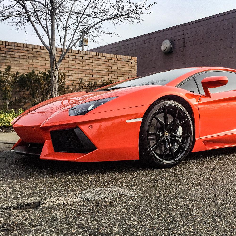 Ship a Lamborghini Aventador