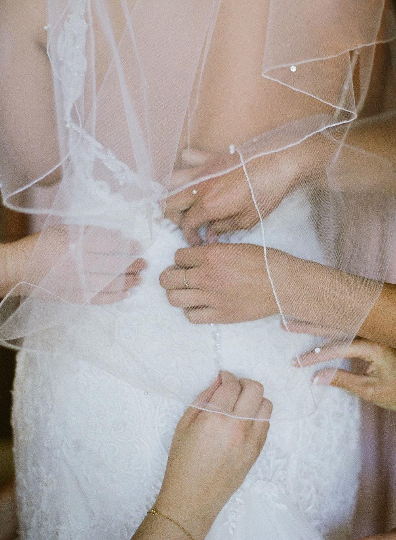 wedding-000084780012.jpg