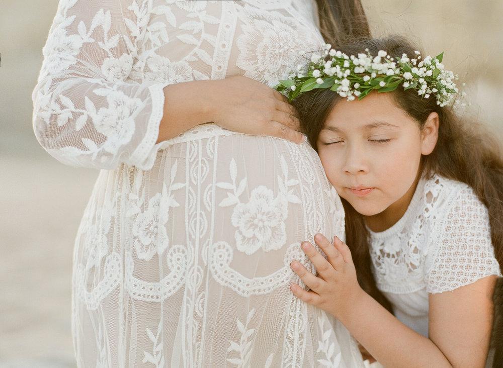 maternity-000030100005.jpg