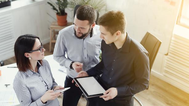Leder, derfor virker din involvering ikke - Det er både dumt og urutineret, når ledelsen ikke lytter til medarbejdernes erfaringer. Det er nemlig dem, der har personlige relationer til kunder og konkurrenter. Derfor gælder det om at gøre inaktive medarbejdere proaktive. Kronik af Alfred Josefsen og Pia Lauritzen.
