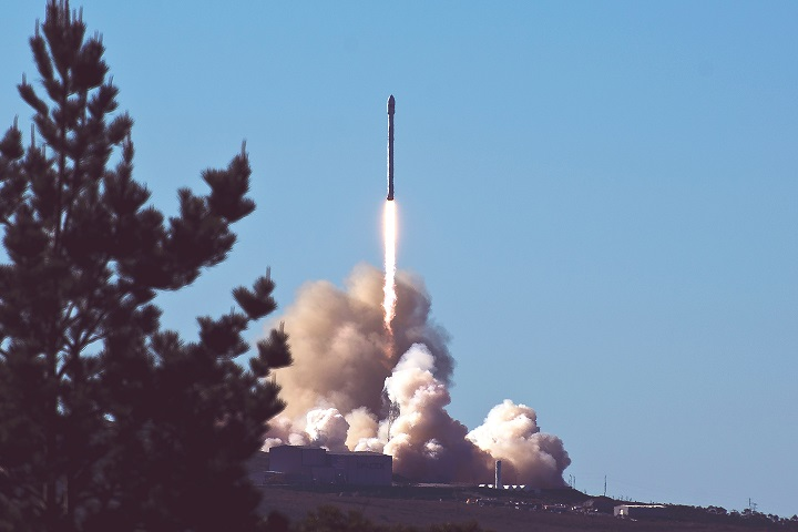 Elon Musk Space X Rocket Launching.jpg