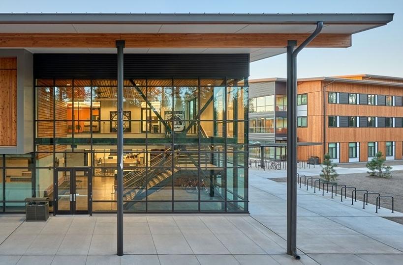 OSU-Cascades_residence-dining-exteriors.jpg