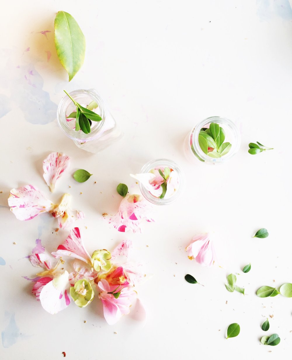 diy perfume with spring flowers