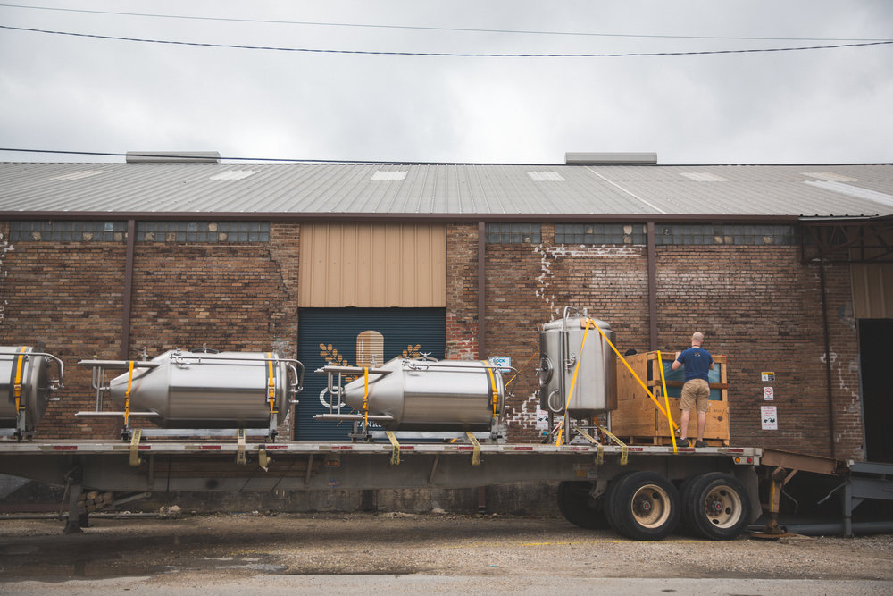 Miel Brewery_Craft Kettle_Brewhouse_Flat Bed Delivery.jpg