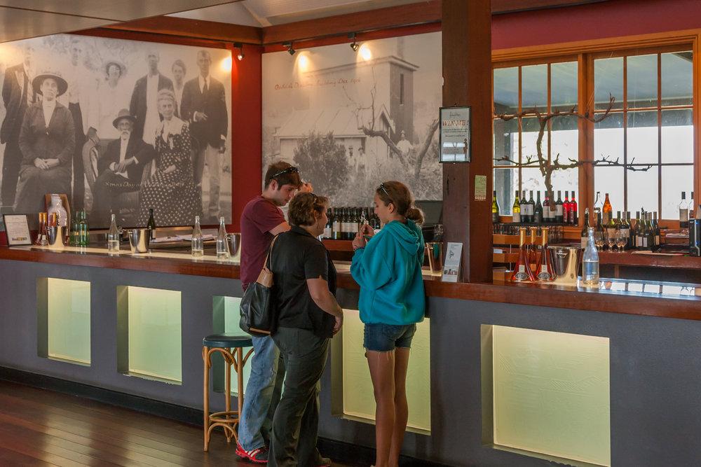winetastinghuntersvalley2.jpg