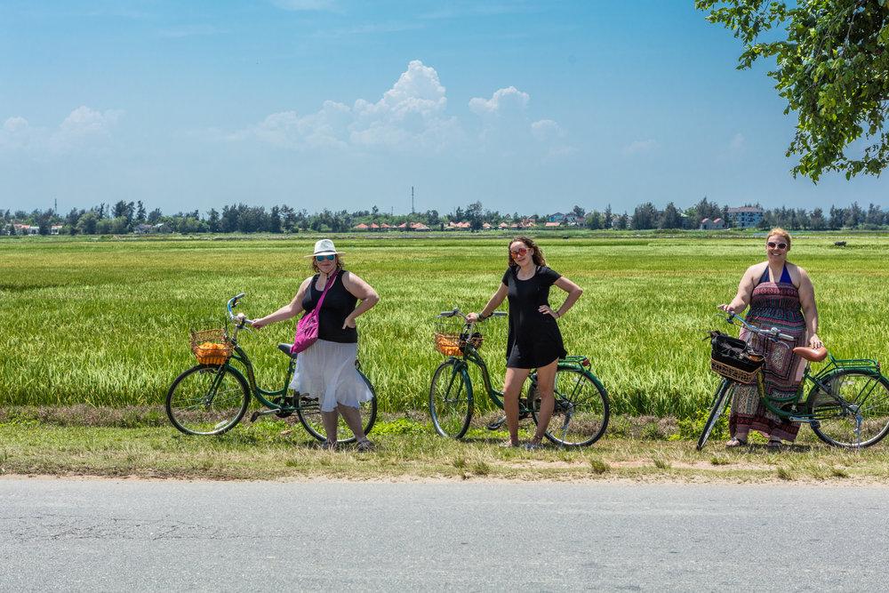bicyclinghoian-1.jpg