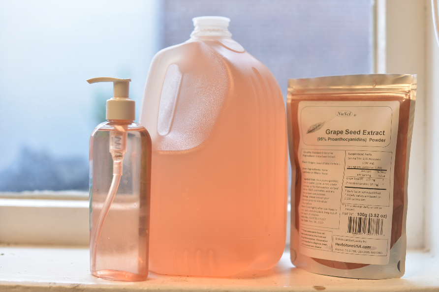 This is how much just a 1/4-1/2 teaspoon makes up! Can you believe it?
