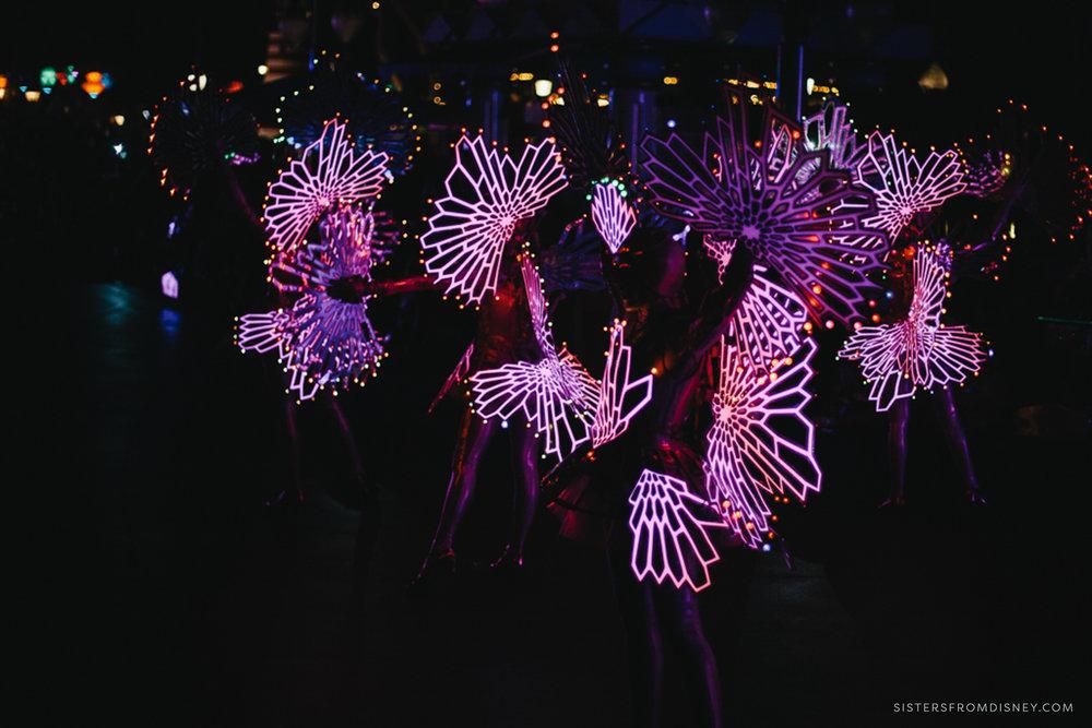 EricaWhitePhoto_SFDBlog_NighttimeParadeTips-3533.jpg