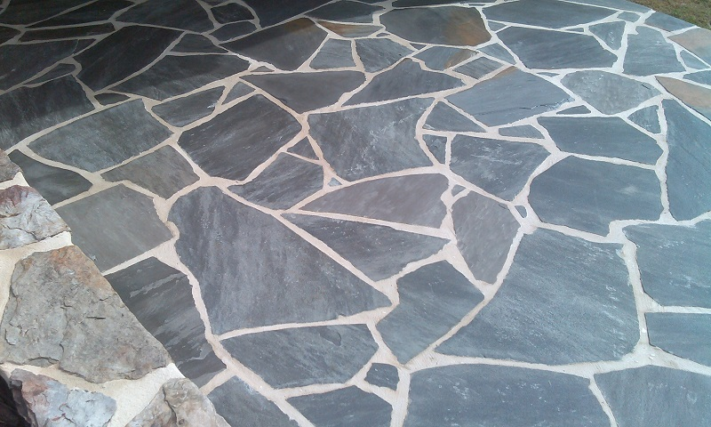 Medium Flagstone Patio Installation