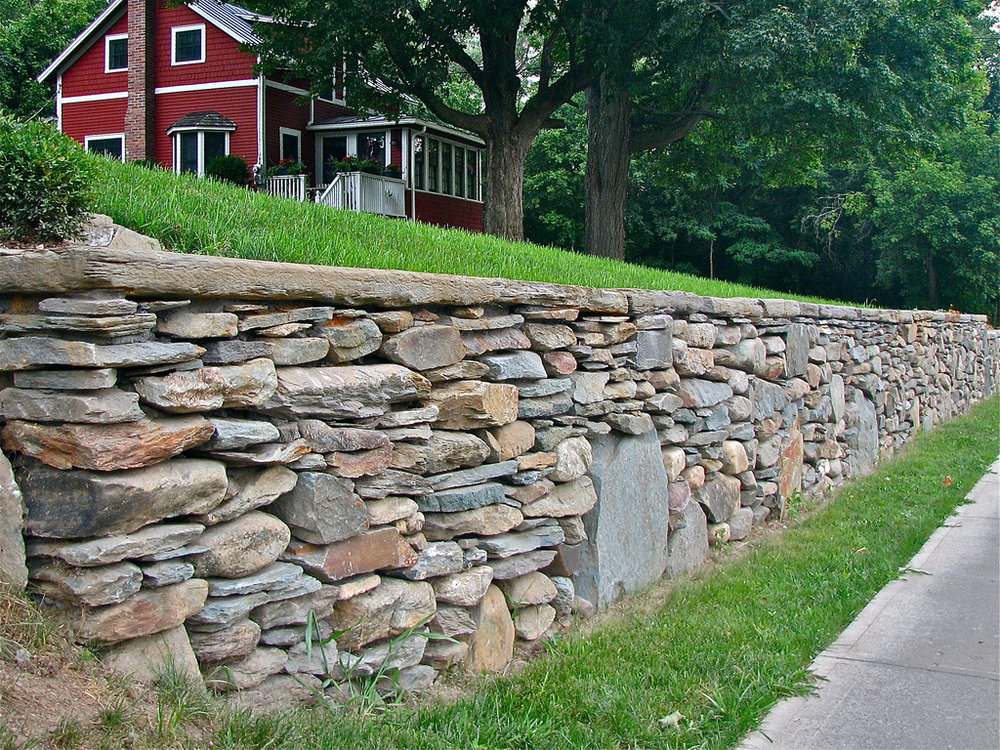 Mixed Fieldstone WALL Installation
