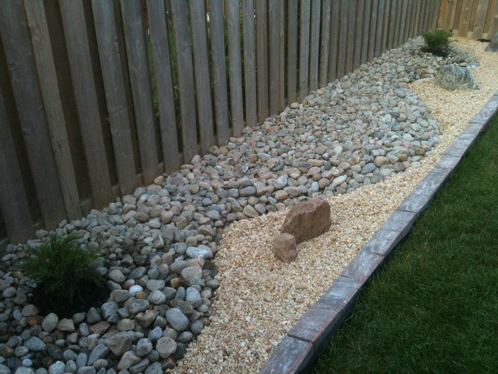 Egg Rock & Pea Gravel Rock Garden