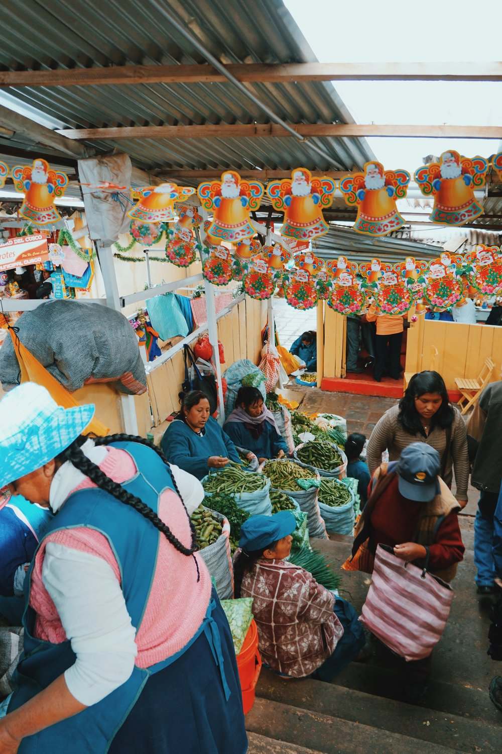 Mercado Central: Beans by the bag full!