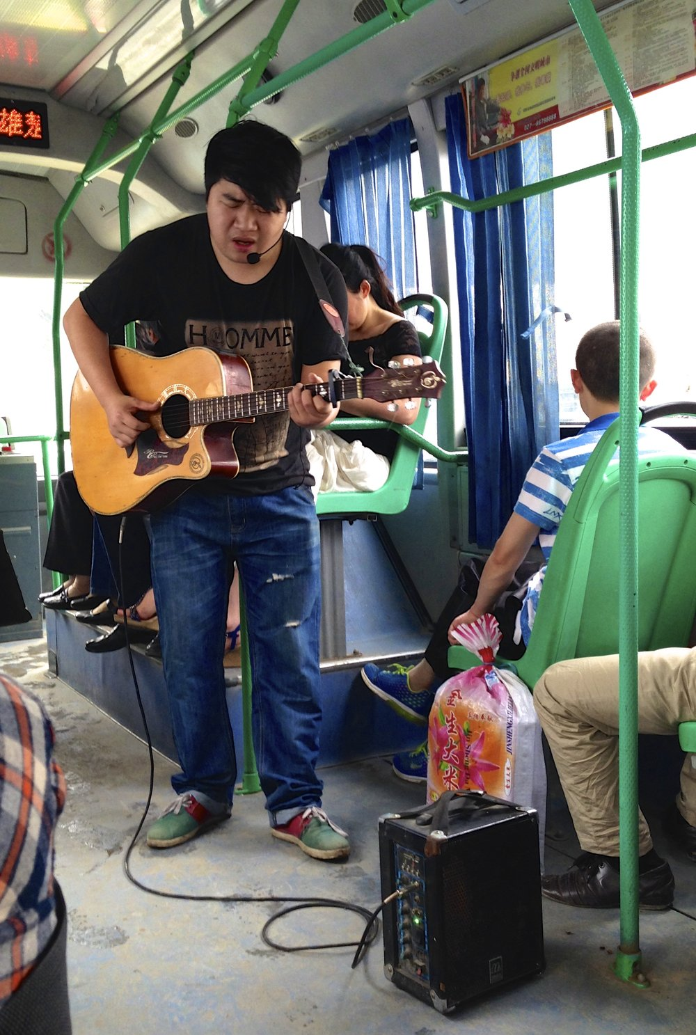 one man bus band