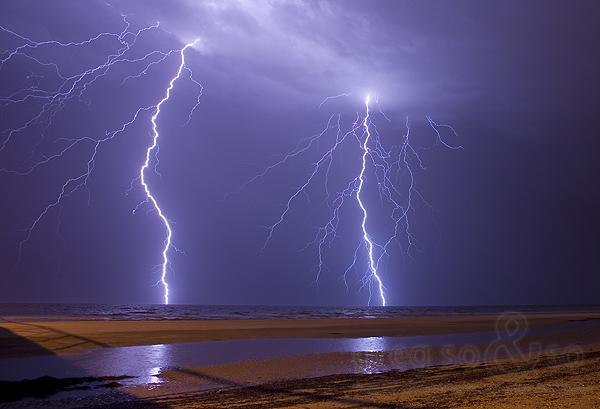 Largs Bay Lights Up