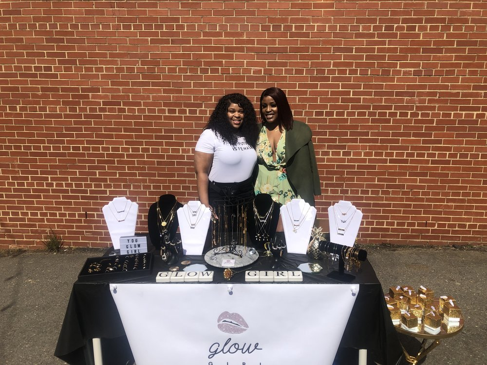 """Jorgie and I at the Glow Girl table.  Shop Glow Girl  Use my promo code """"LIVE FINESSE"""" for 35% off your order"""