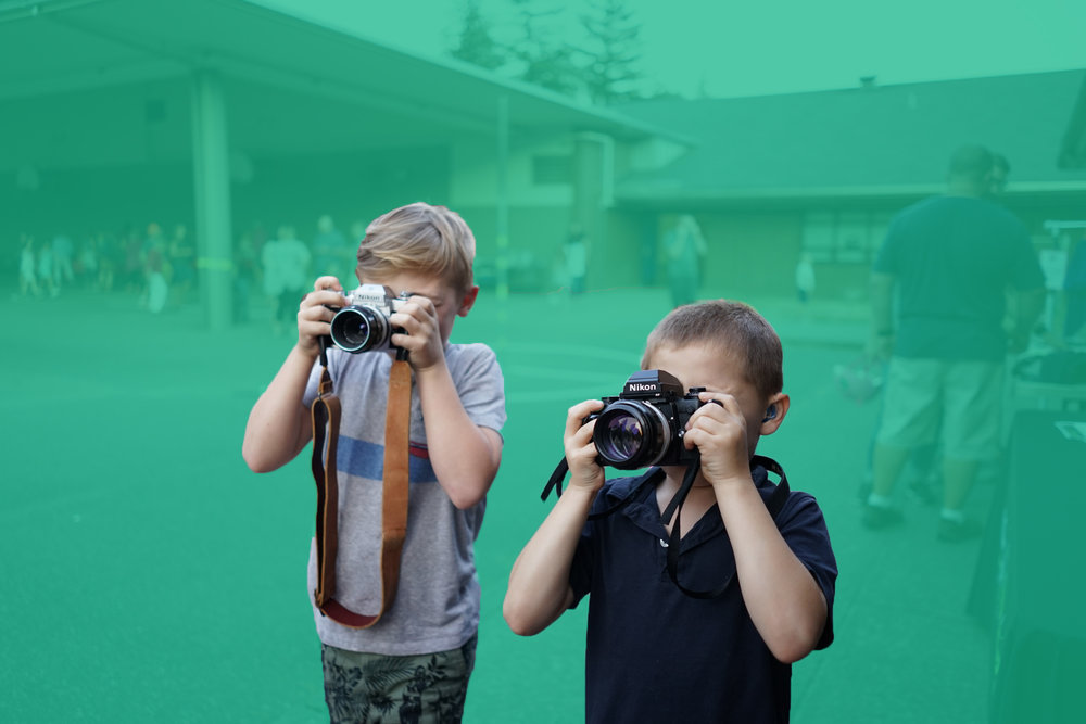 camera-kids-art-club-turq.jpg