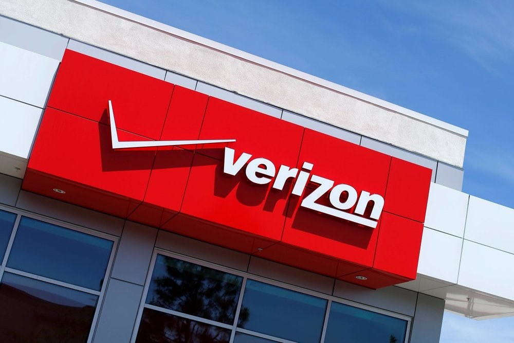The Verizon logo is seen on one of their retail stores in San Diego, California, U.S. April 21, 2016.