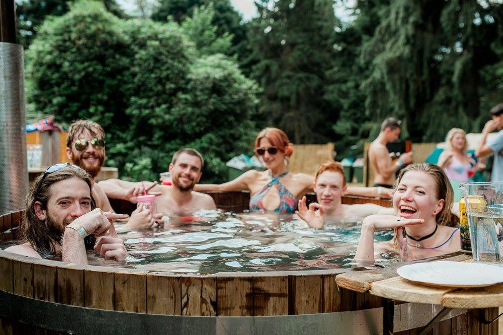 Run to Hot Tub - The perfect opportunity & setting to sit back, relax and unwind post-run, bliss! Brought to you by Soak LDN.