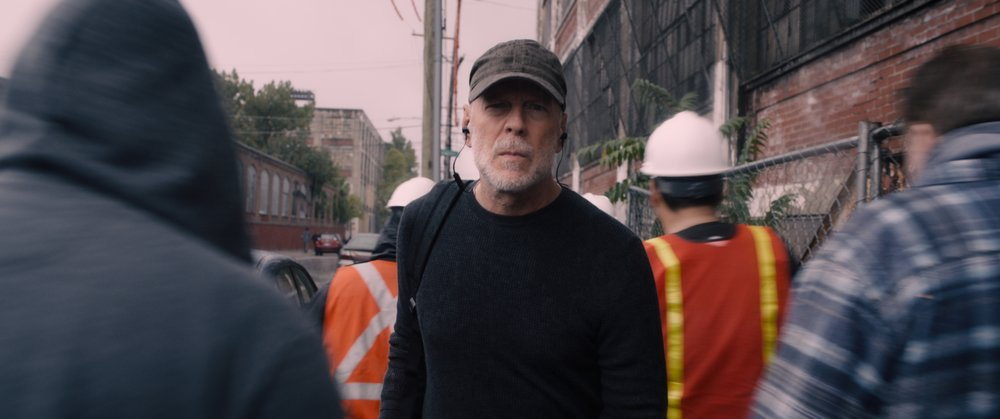 GLASS..David Dunn (Bruce Willis)..Photo_ Film Frame..©Universal Pictures.jpg