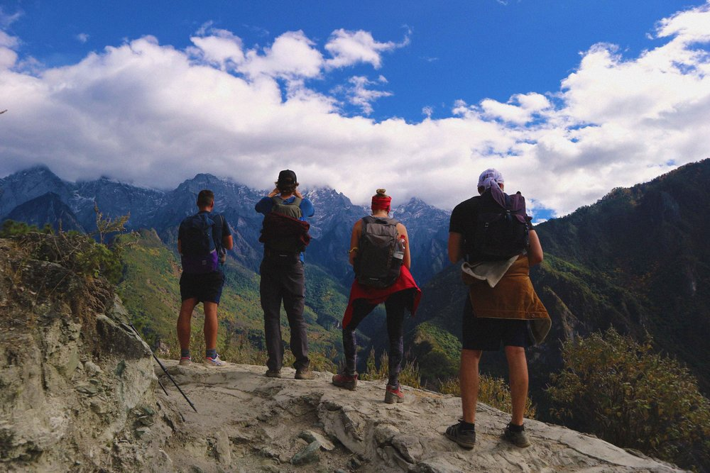 4 photographers and the Jade Dragon Snow Mountains