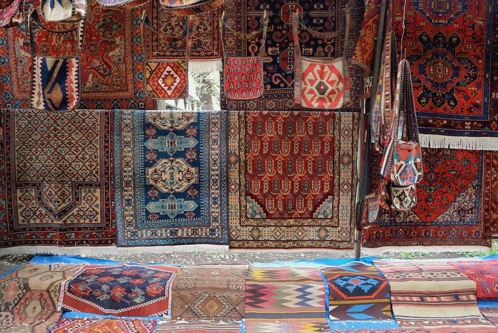 Rugs, rugs and more rugs!