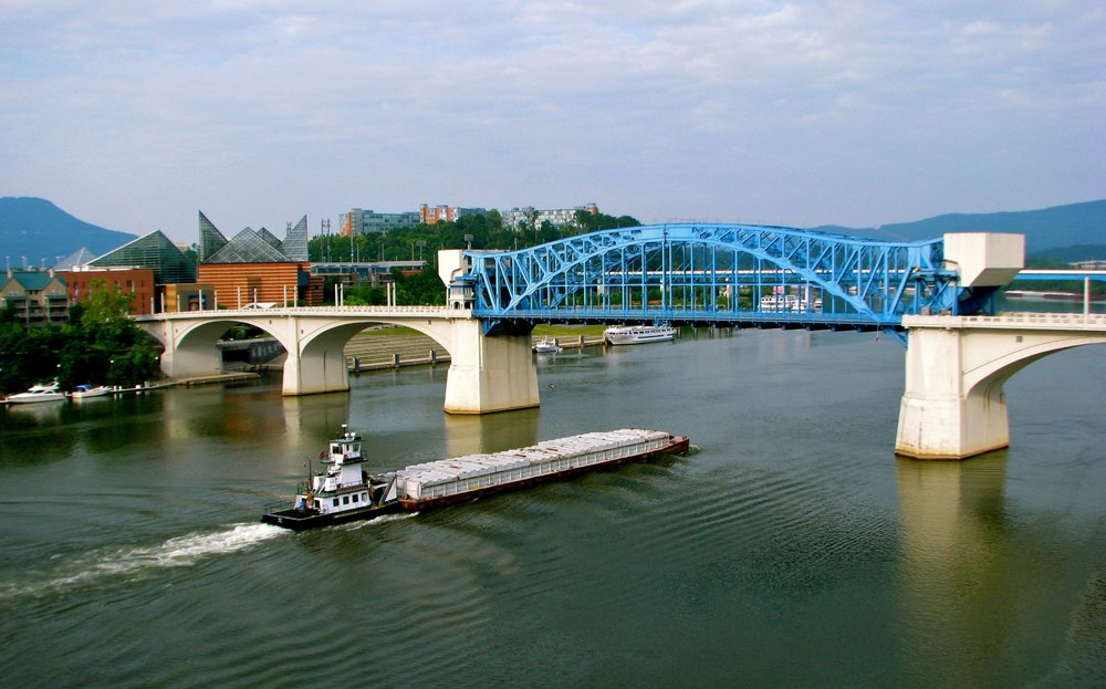 The Tennessee River. Photo by Jeff Gunn (retrieved from Wikipedia).