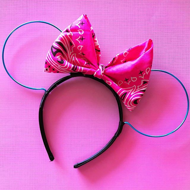 Who is excited for the neon bandana ears launch? 🙋🏽♀️