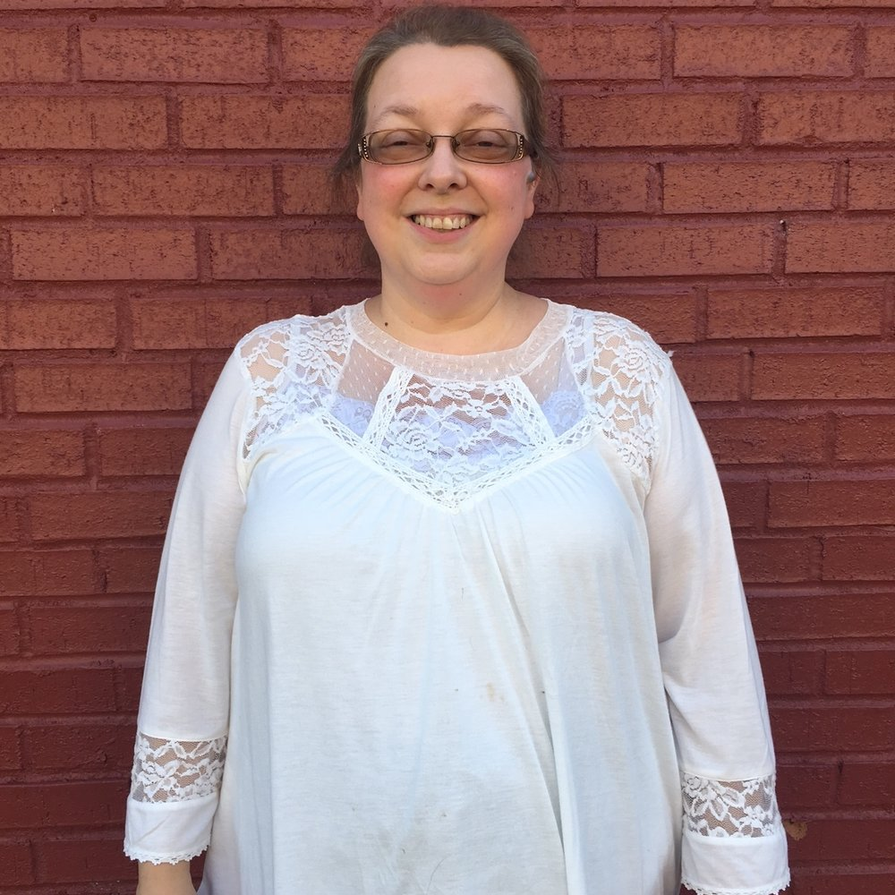 Angela Feltner  Secretary 2016-2019  We are saddened to announce that Angela passed away in April, 2019.  She was a faithful board member and we will miss her.   Ms. Feltner was an educator from Leslie County. Her background in education and youth contributed to the AHC decisions about therapy, youth programs, and horsemen education. Ms. Feltner was founder of the Leslie County 4-H Horse Club in 2017.  She owned two horses which were her pride and joy.