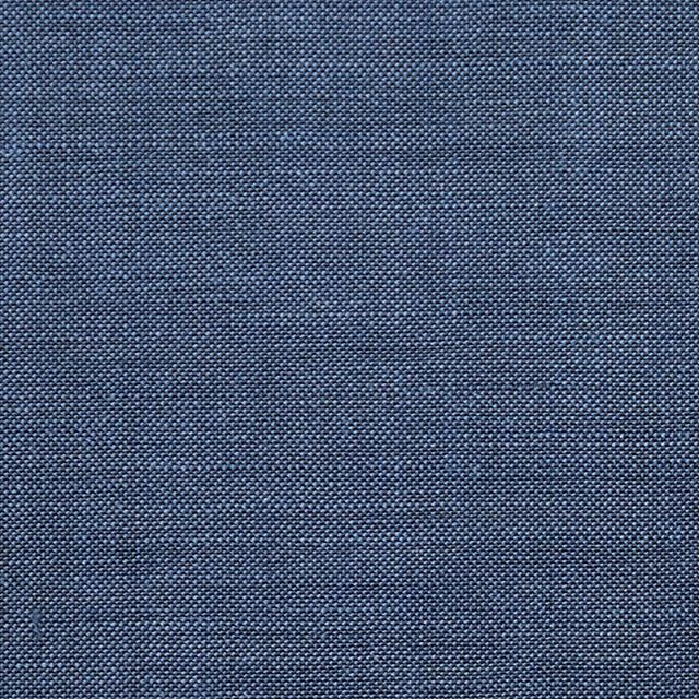 Fabric spotlight: Blue kid mohair/wool Looking for a punchy blue for spring? Look no further... . . . #fabric #mohair #blue #menswear #customclothing #customsuits #madetomeasure #newyork