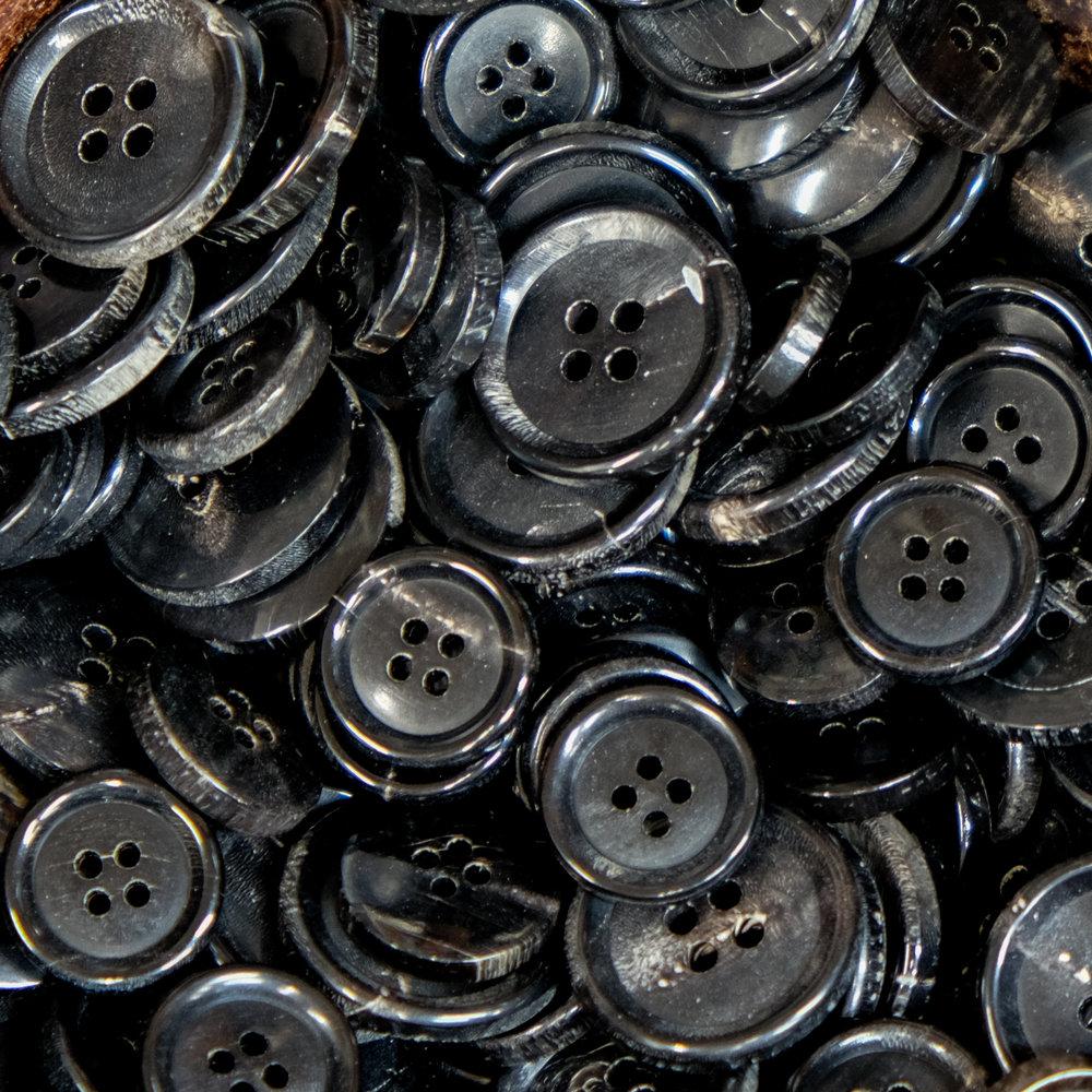 Black horn Buttons