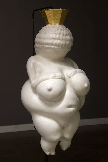 007phelps-venus-of-willendorf.jpg