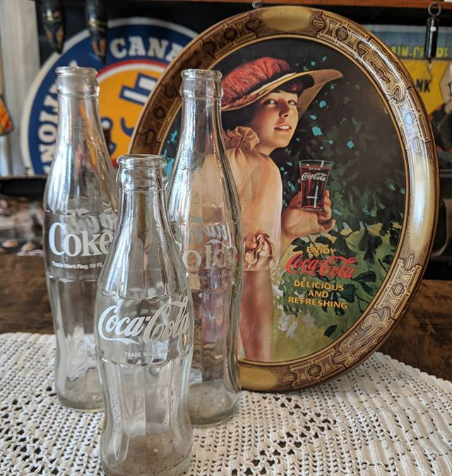 I'd like to buy the world a coke... From old bottles to trays for serving a refreshing glass, come on by and check out our Coca-Cola memorabilia. #vintage #cocacola #coke #refreshinganddelicious #itstherealthing #tastethefeeling #junctionto