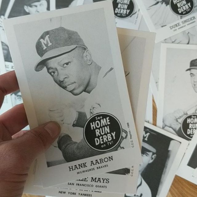 Still looking for that special gift for Dear ol'Dad? We have lots of options for unique gifts for Pops. Like this Mint Condition 1988 reprint set of the 1959 Home Run Derby cards. Complete set of 19.
