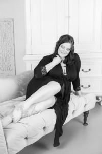 Experienced Edmonton Photographer - specializing in wedding photography, engagement photography, boudoir photography, portrait photography - Building Confidence to feel Beautiful again