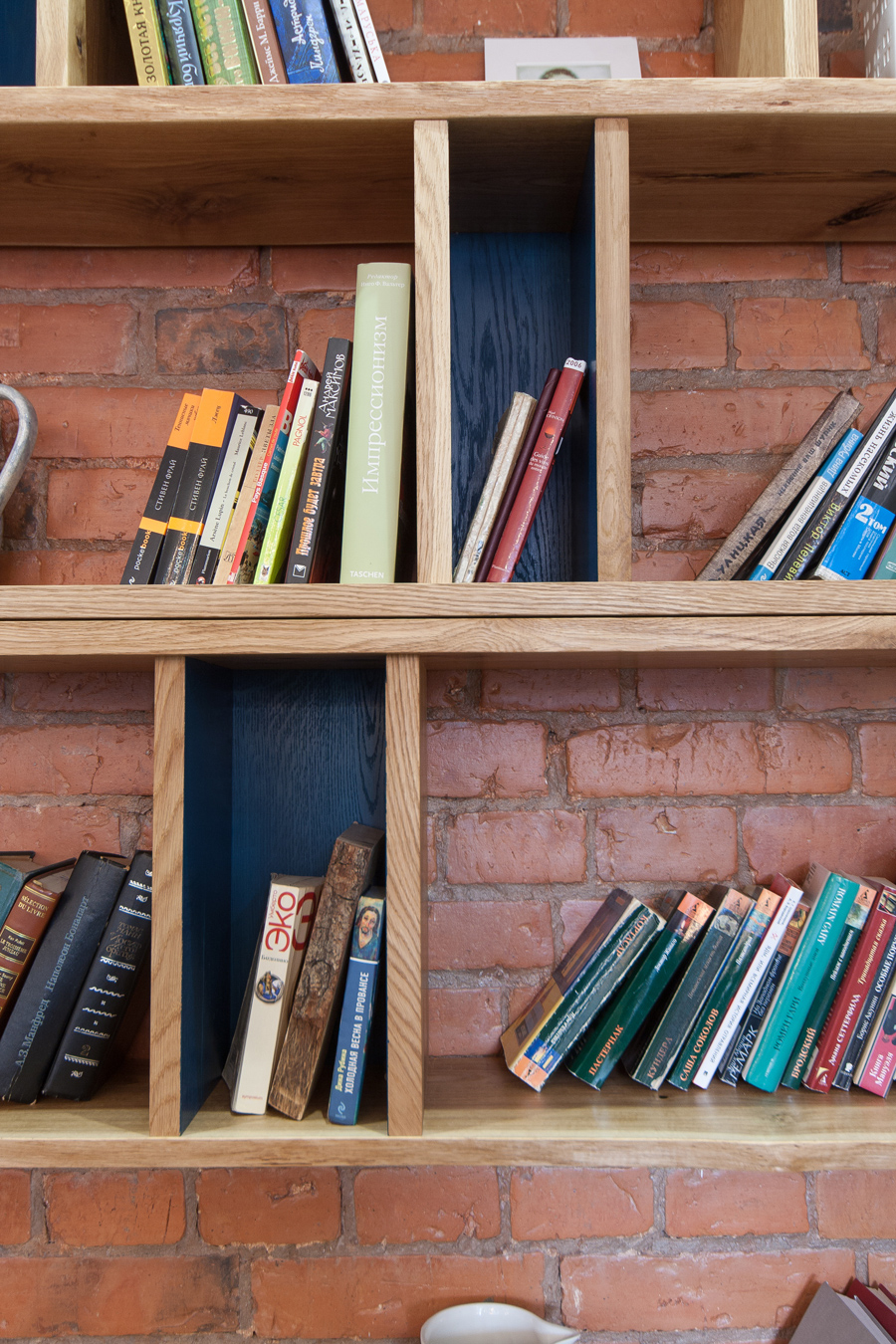 bookcase02-5.jpg