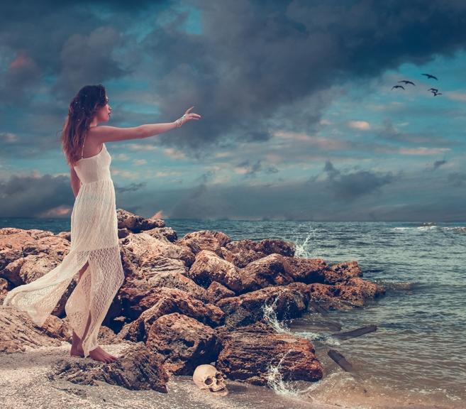 The Siren - by Lisa Marie Gonzalez