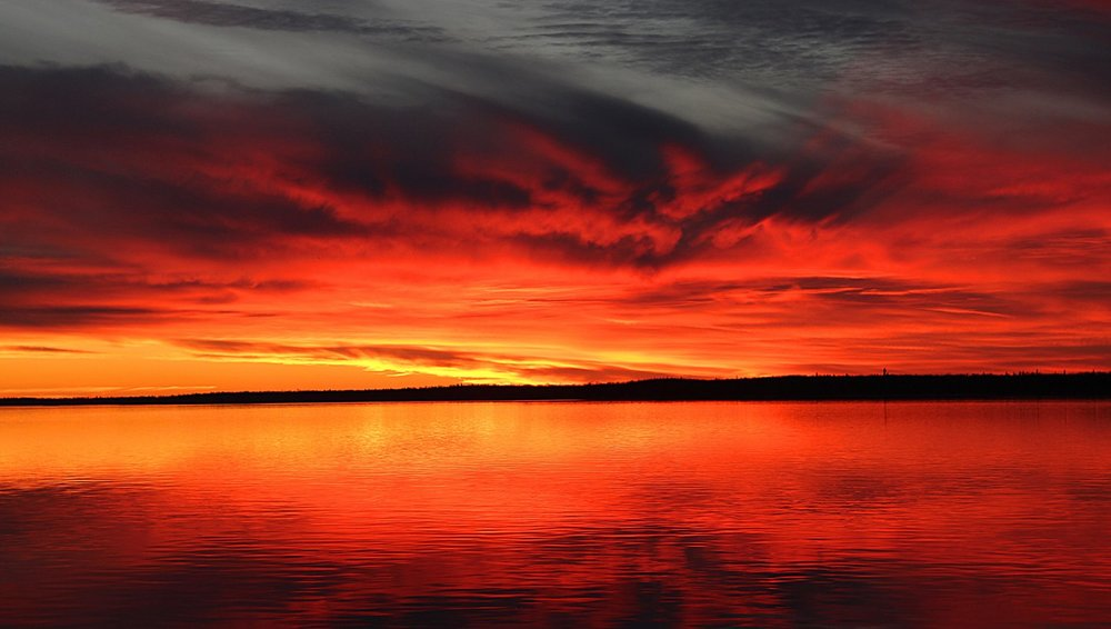 Photographer:  Dennis Walker   Country:  Canada  Title:  Sunset