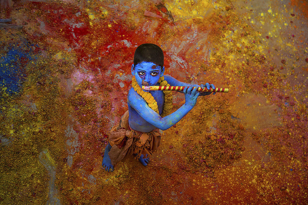 Photographer:  Sanghamitra Sarkar   Country:  India  Title:    Krishna and Colours