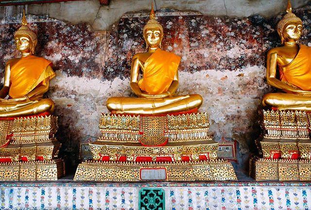 🌅 #bangkok #thailand #buddhisttemple #travel #wanderlust
