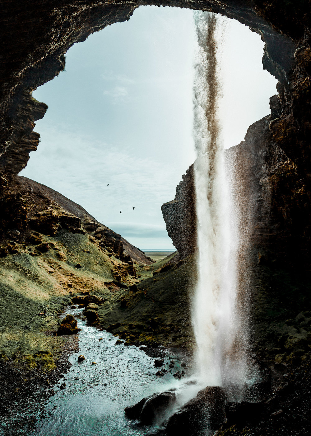 27-iceland-hidden-waterfall-cave-hiking-anna-elina-lahti-photographer.jpg
