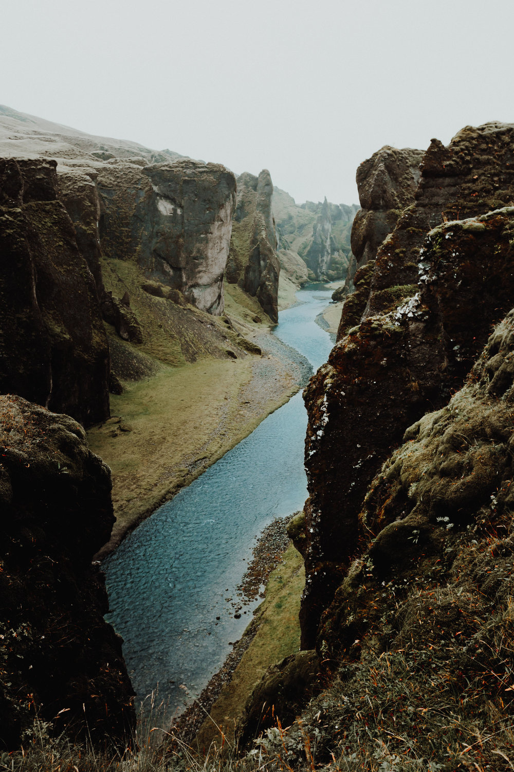 09-iceland-canyon-turquoise-river-hiking-anna-elina-lahti-photographer.jpg