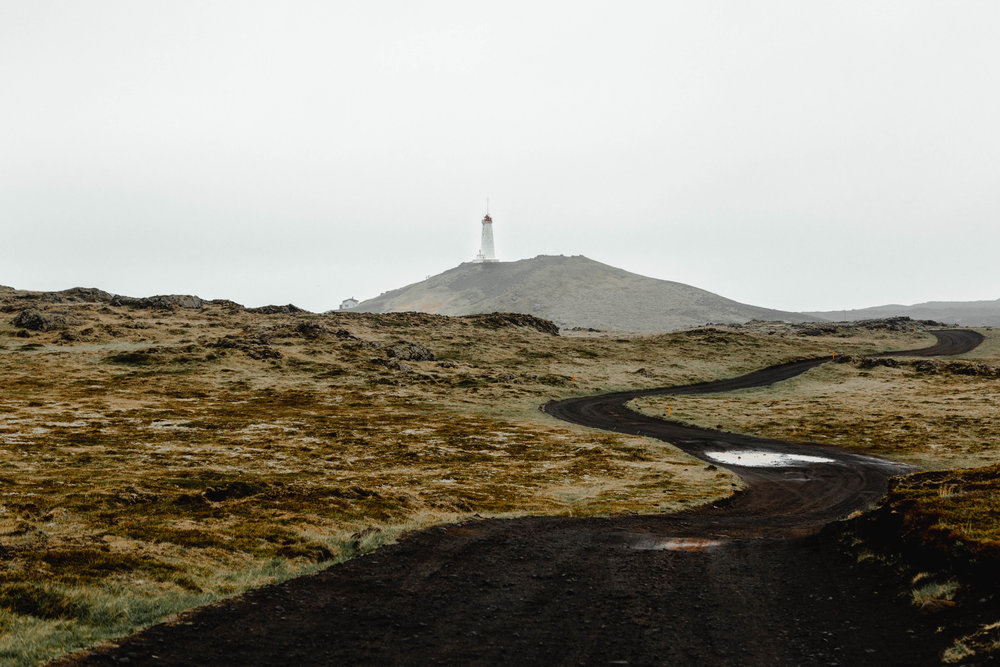 33-iceland-reykjanes-lighthouse-dirt-track-anna-elina-lahti-photographer.jpg