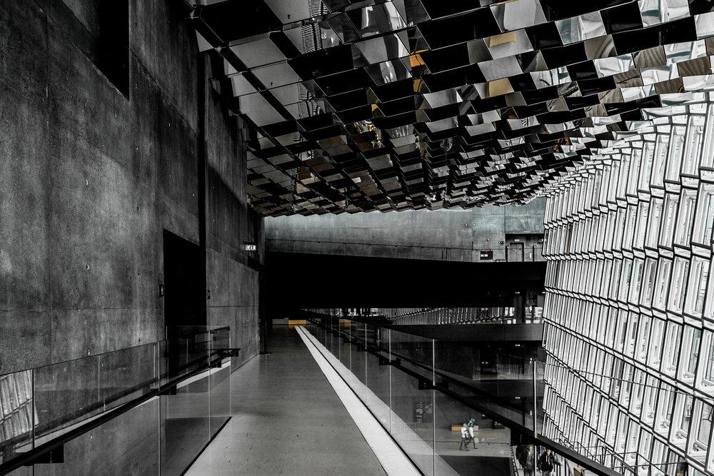 08-reykjavik-harpa-concert-hall-architecture-iceland-anna-elina-lahti-photographer.jpg