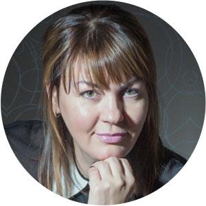 Кира Алёшкина   клинический психолог,  ведущая групп, группаналитик , Санкт-Петербург  Мне представляется бесконечно ценным то решение, когда человек, испытывающий трудности, находит в себе силы и смелость пойти к психологу...