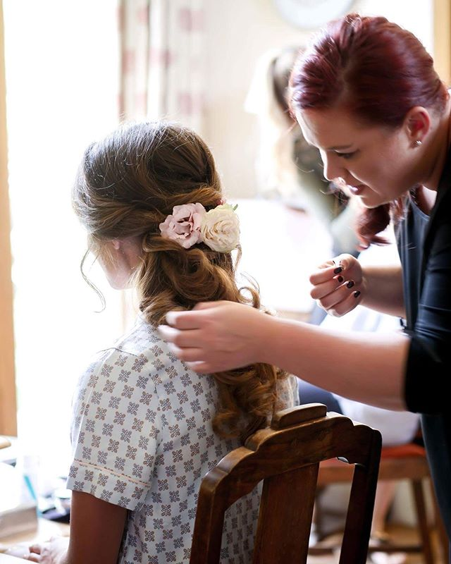 @hairbyjones offers GORGEOUS makeup and hair transformations for you wedding or event  #instahair #hairinspo #hairtrends2018 #perfecthair #naturallook #beautylaunchpad #hairdresser #hairinspiration #hairtrend #hairfashion #hairbrained #hairstyles #hair #shiny #healthy #weddingmakeup #ghd #uk #instagood #instagram #instaday #instadaily #instagramer #photooftheday #weddinghair #blowdry #wedding #gettingready #curls