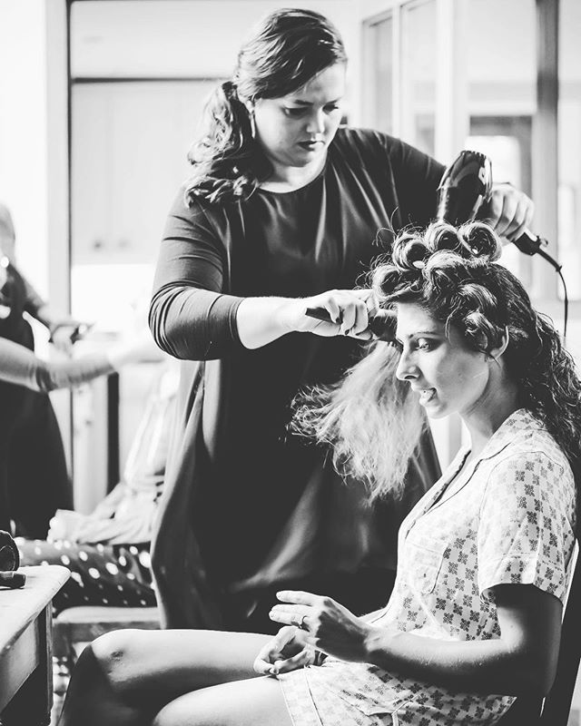 @hairbyjones LOVE to make you feel gorgeous on your wedding day!  #instahair #hairinspo #hairtrends2018 #perfecthair #naturallook #beautylaunchpad #hairdresser #hairinspiration #hairtrend #hairfashion #hairbrained #hairstyles #hair #shiny #healthy #weddingmakeup #ghd #uk #instagood #instagram #instaday #instadaily #instagramer #photooftheday #weddinghair #blowdry #wedding #gettingready #curls
