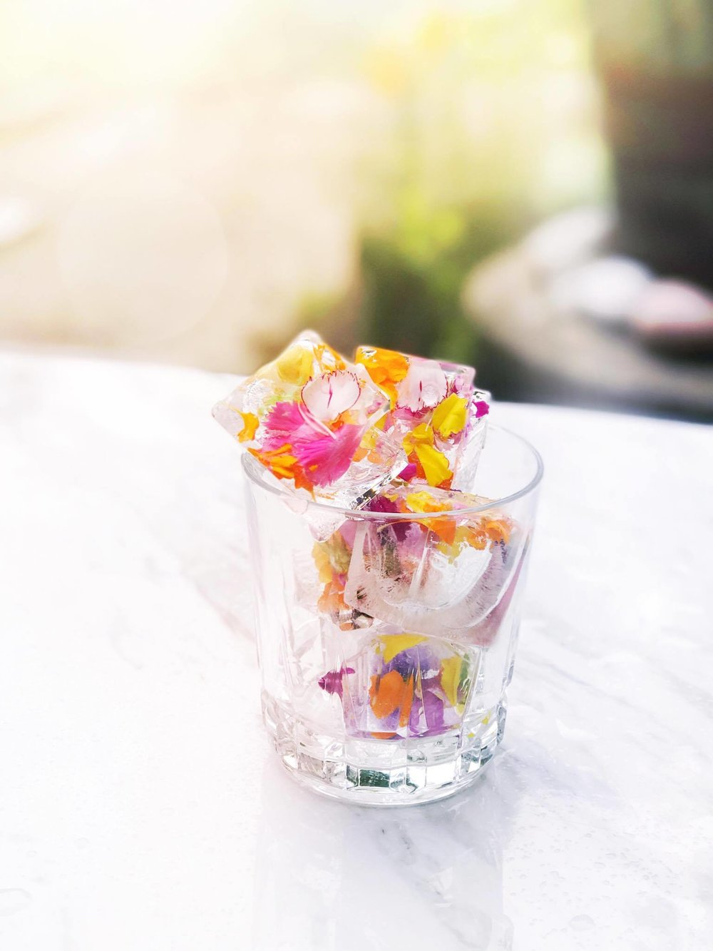 Floral Ice Cubes DIY