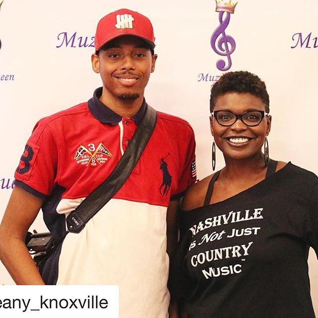 #Repost @seany_knoxville with @get_repost ・・・ Dope networking event tonight . Glad I could work it for you thanks for having me .