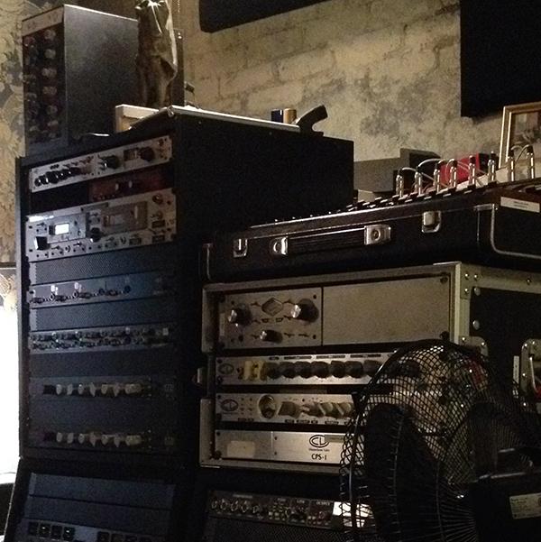 studio equiptment_w